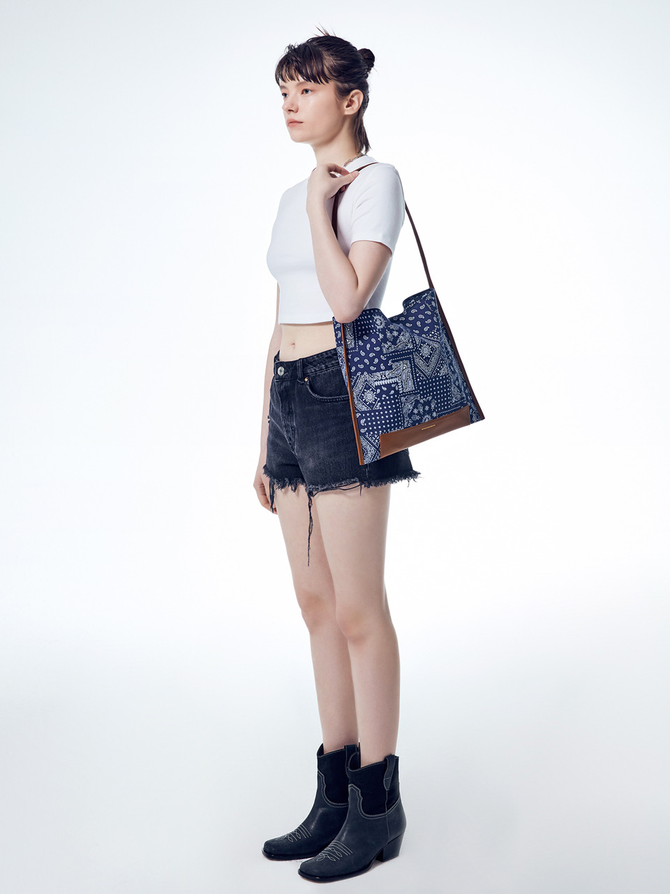 [7/27예약배송][20SUMMER] JOY SHOPPER PAISLEY_navy